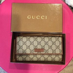BNWT Gucci wallet💯Authentic